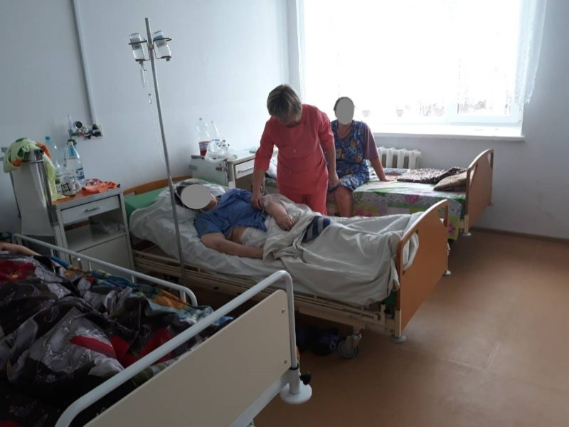 a39dc2ae4cd 2017-12-05 Hospitalsenge og madrasser til et hospital i Novohrad-Volynskyi